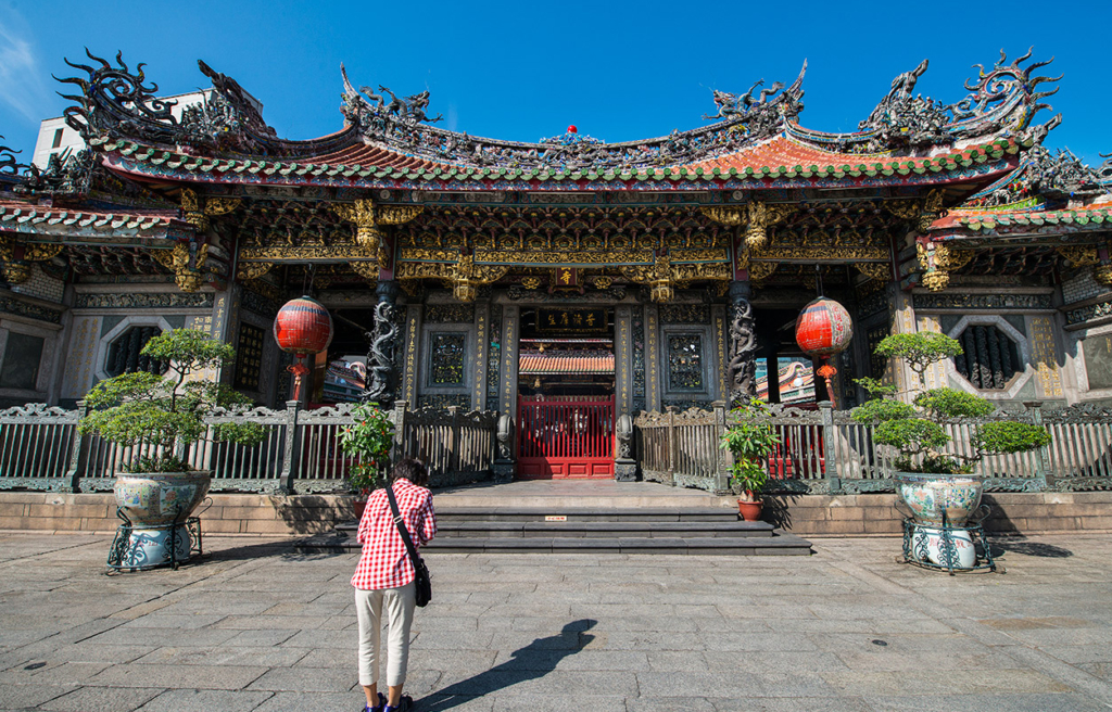 taipei temple 1024x656 - 8 Must-See Places while Teaching in Taiwan