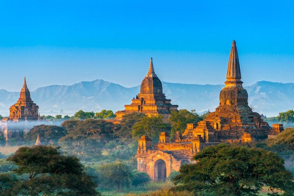 Myanmar Location, temples in mountain range