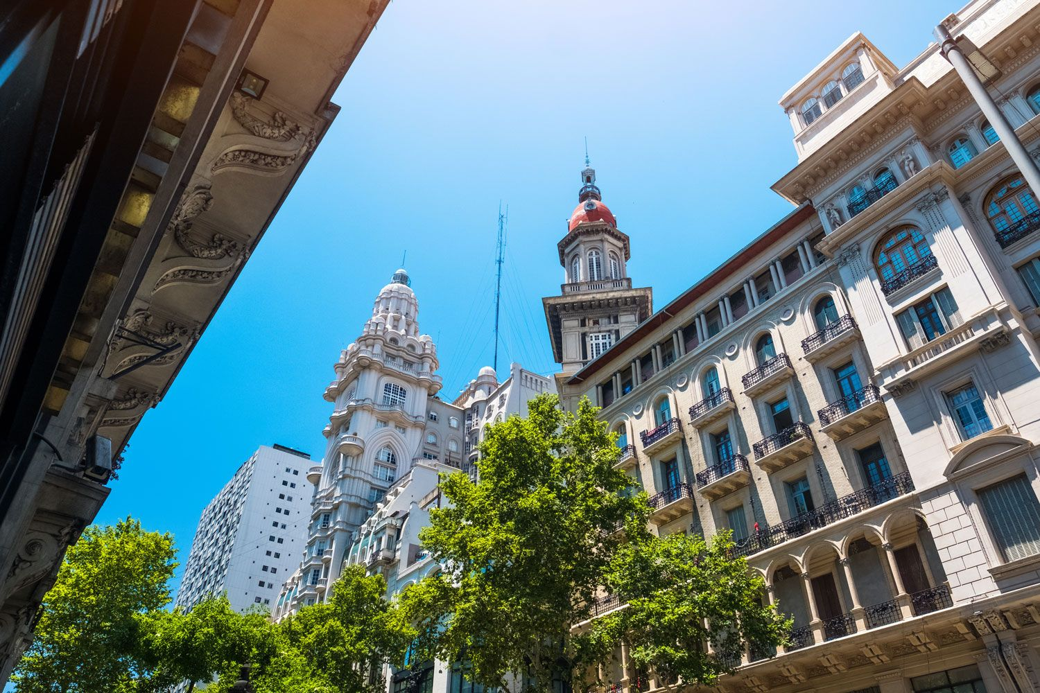 Image for Fully inclusive paid teaching internship in Argentina. Perfect for first time English teachers, internationally accredited TEFL training included.