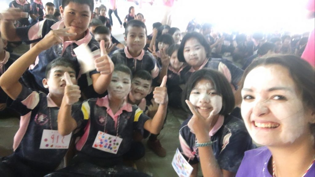 Taryn posing with her students in Thailand