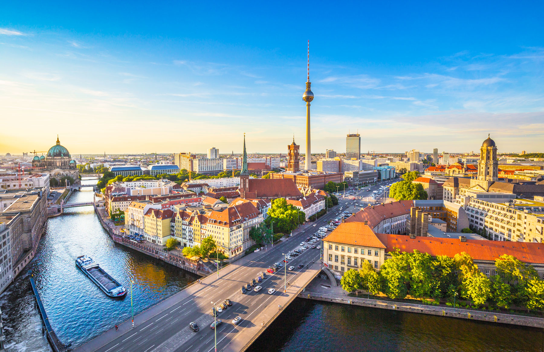 Image for Fully inclusive paid teaching internship in Germany. Perfect for first time English teachers, internationally accredited TEFL training included.