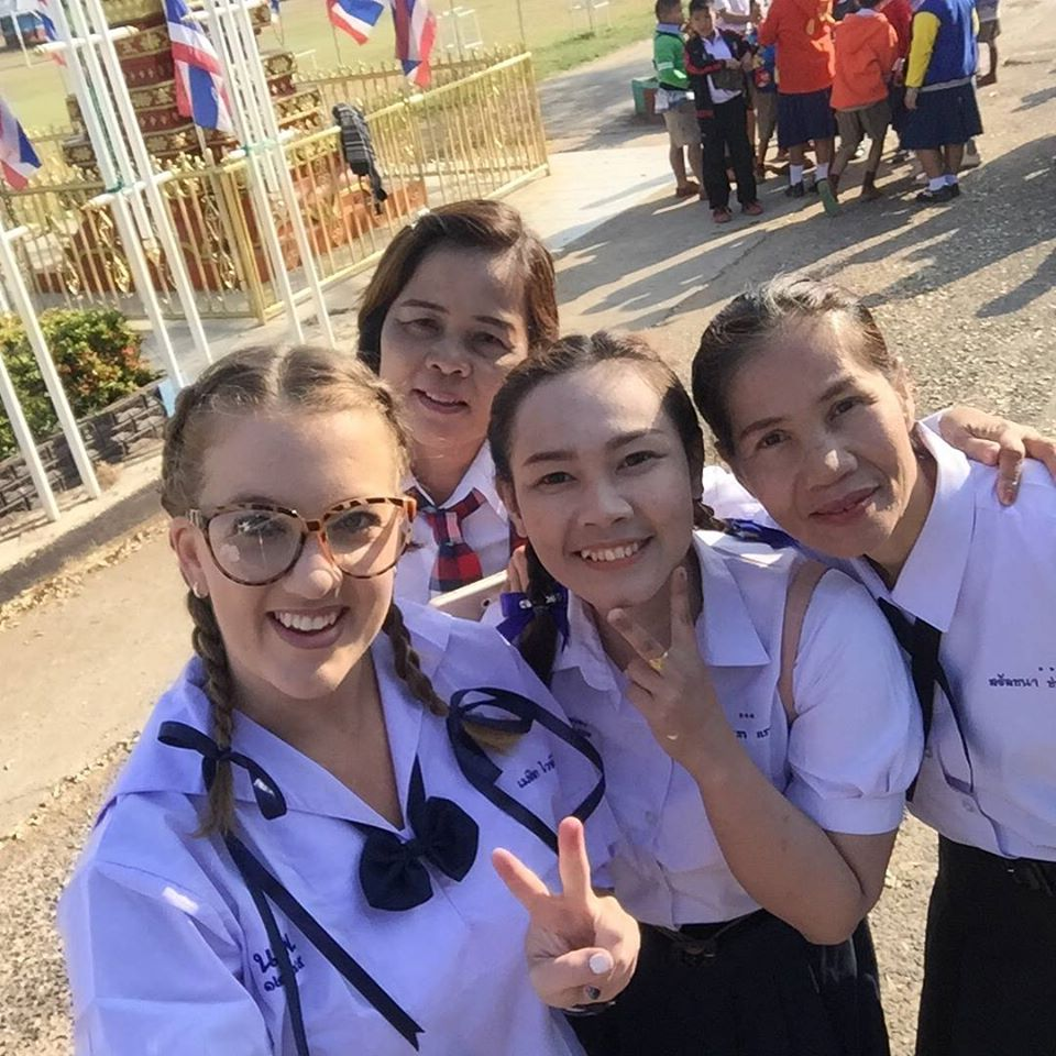 melissa school uniform - Melissa Whiteside - Thailand & Teaching Online 🌏💻