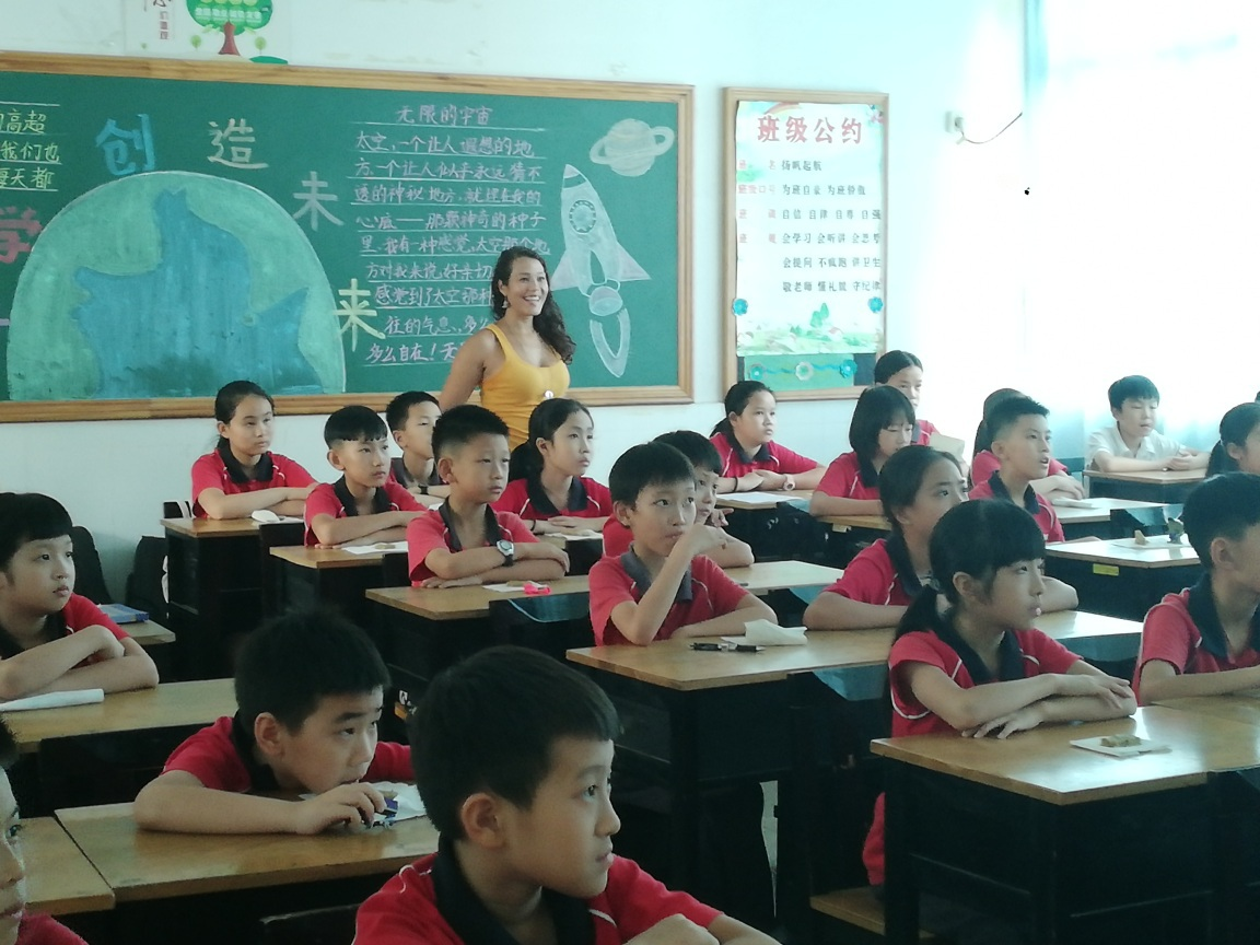 penelope with students - Life after COVID-19; Penelope boosts her salary with TEFL 🌏