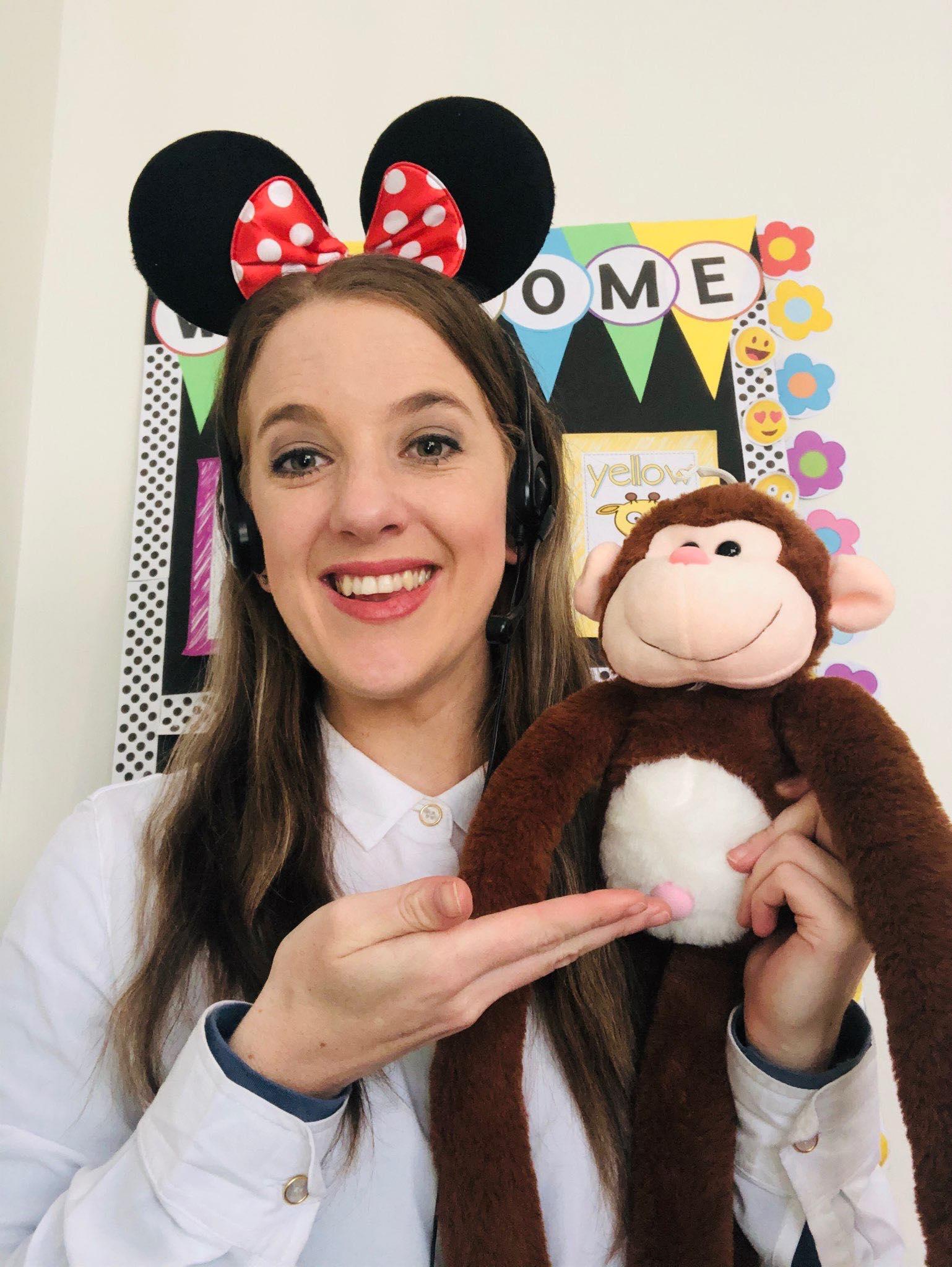 Online English Teacher Melissa with prop