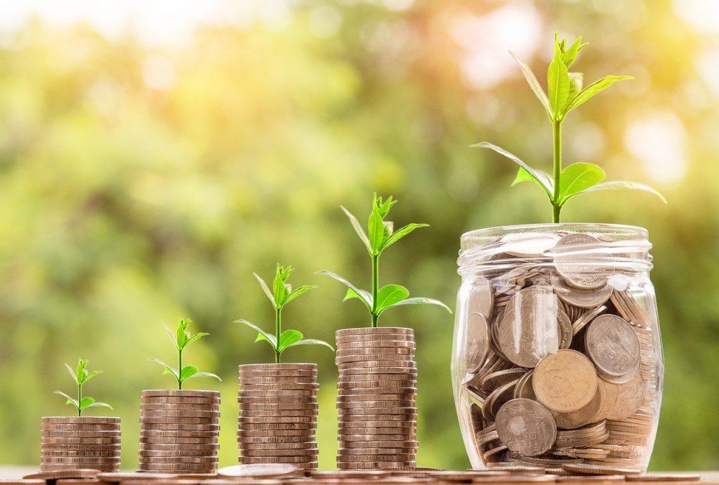 saving money for a Premier TEFL course